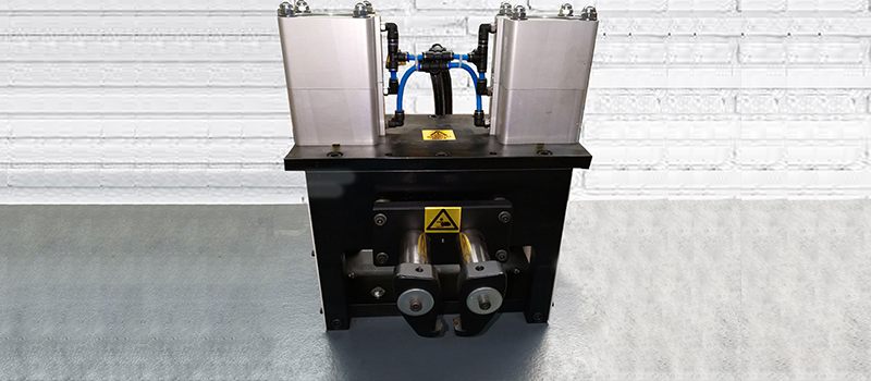 OFF-LOAD TAP CHANGER CLAMPING DEVICE